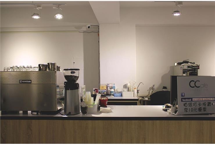清新 x 簡約 |咖啡服飾店|