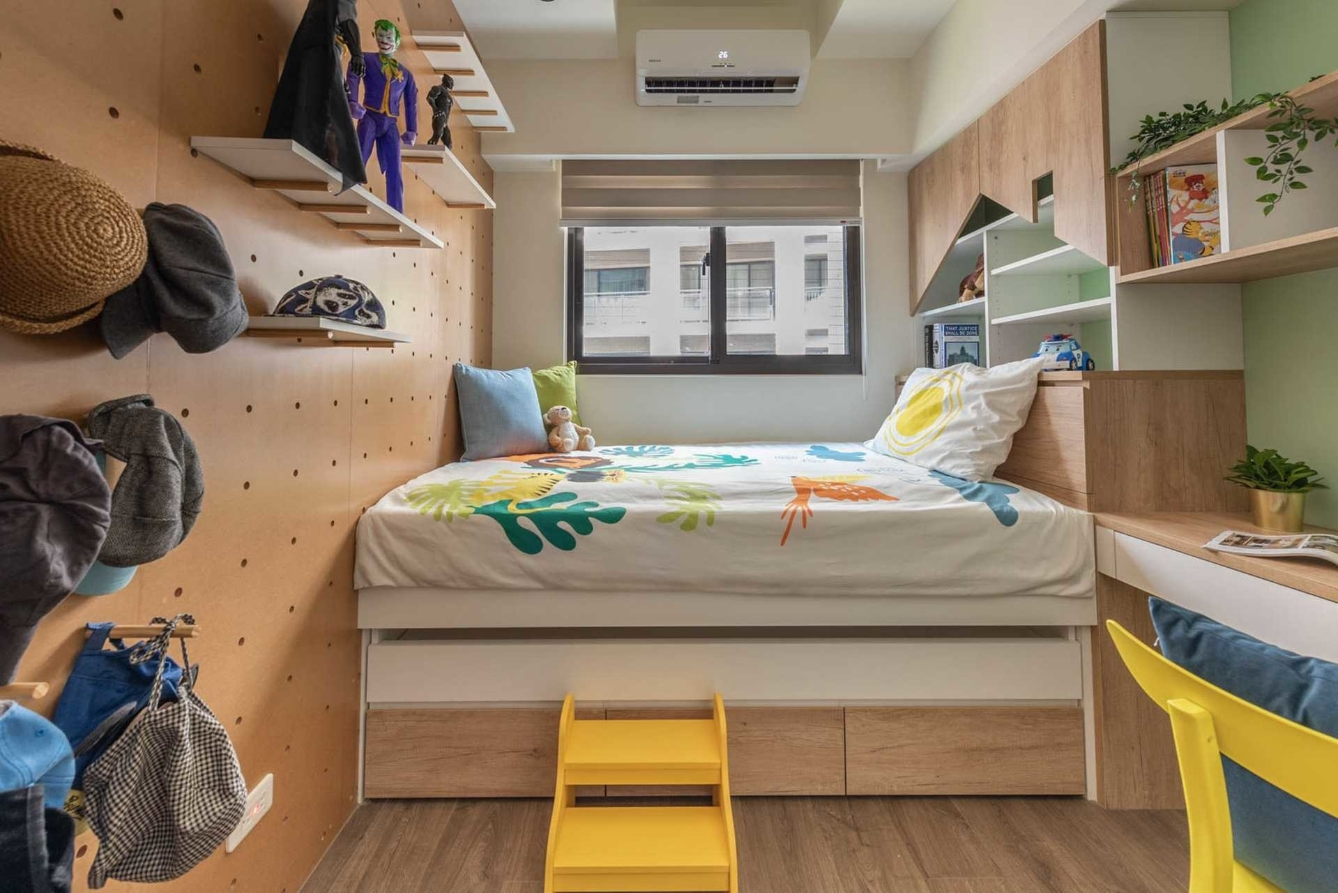 Children's room,Loft