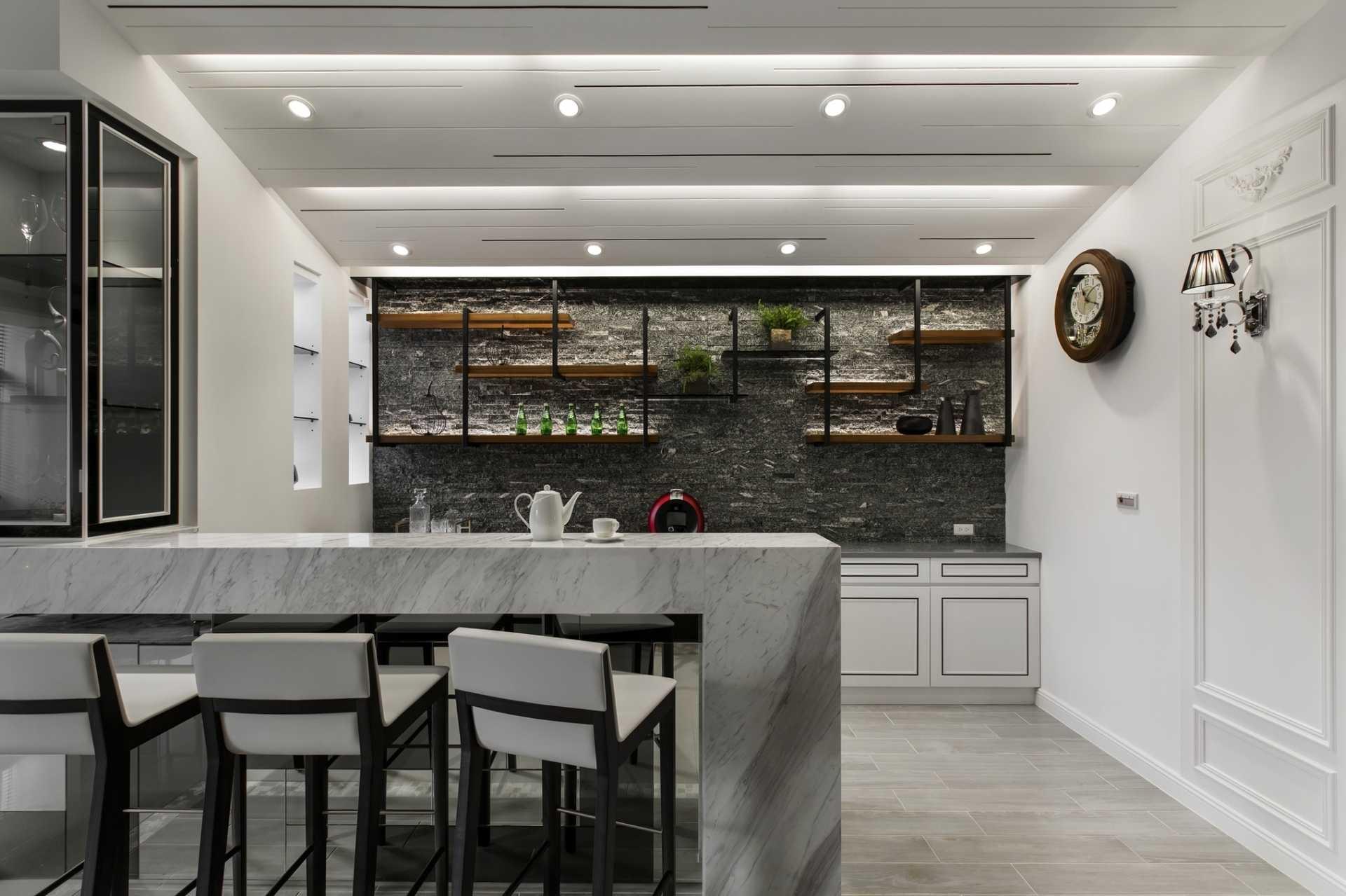 Bar counter,Classical