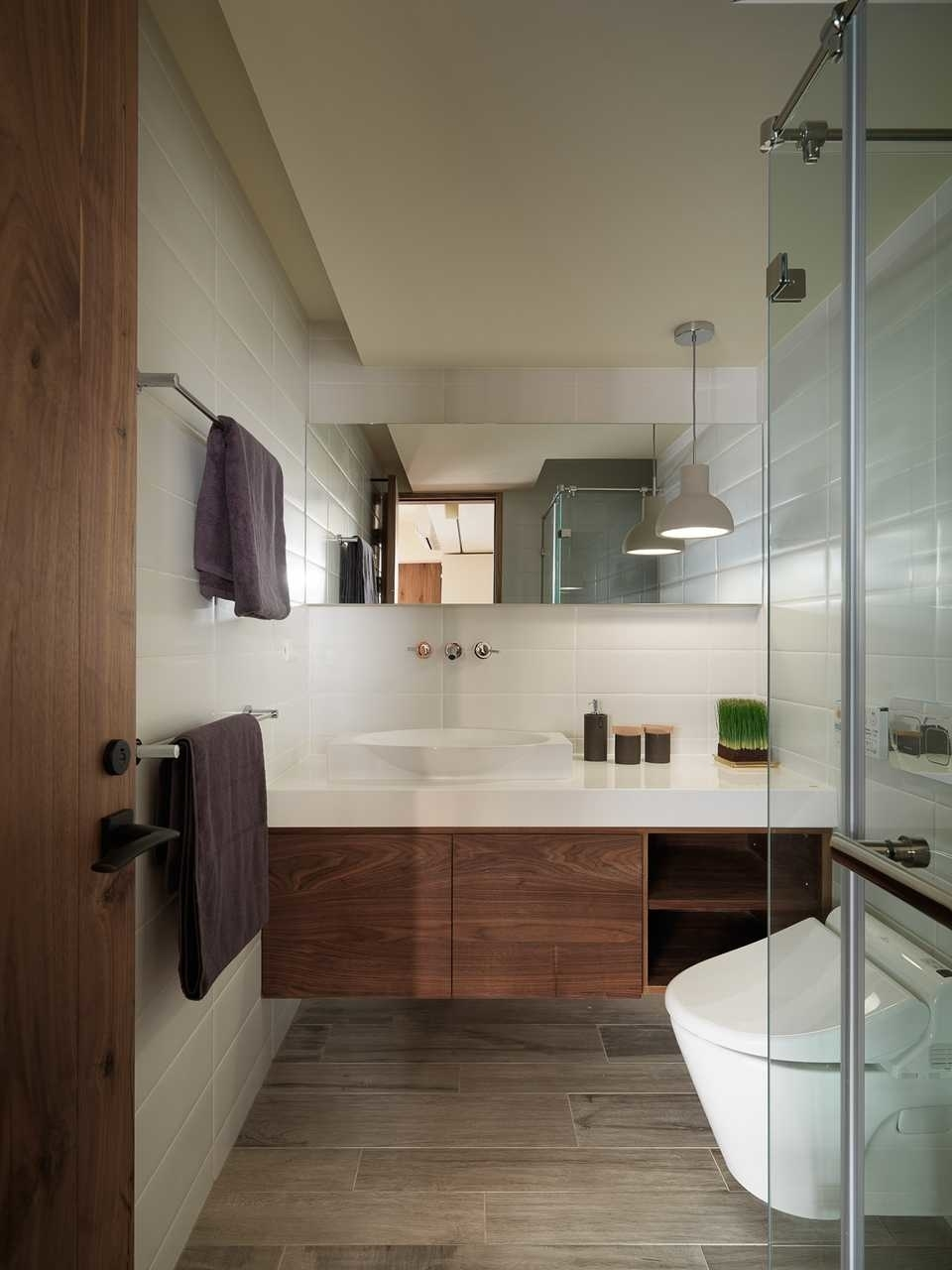 Bathroom,Mashup