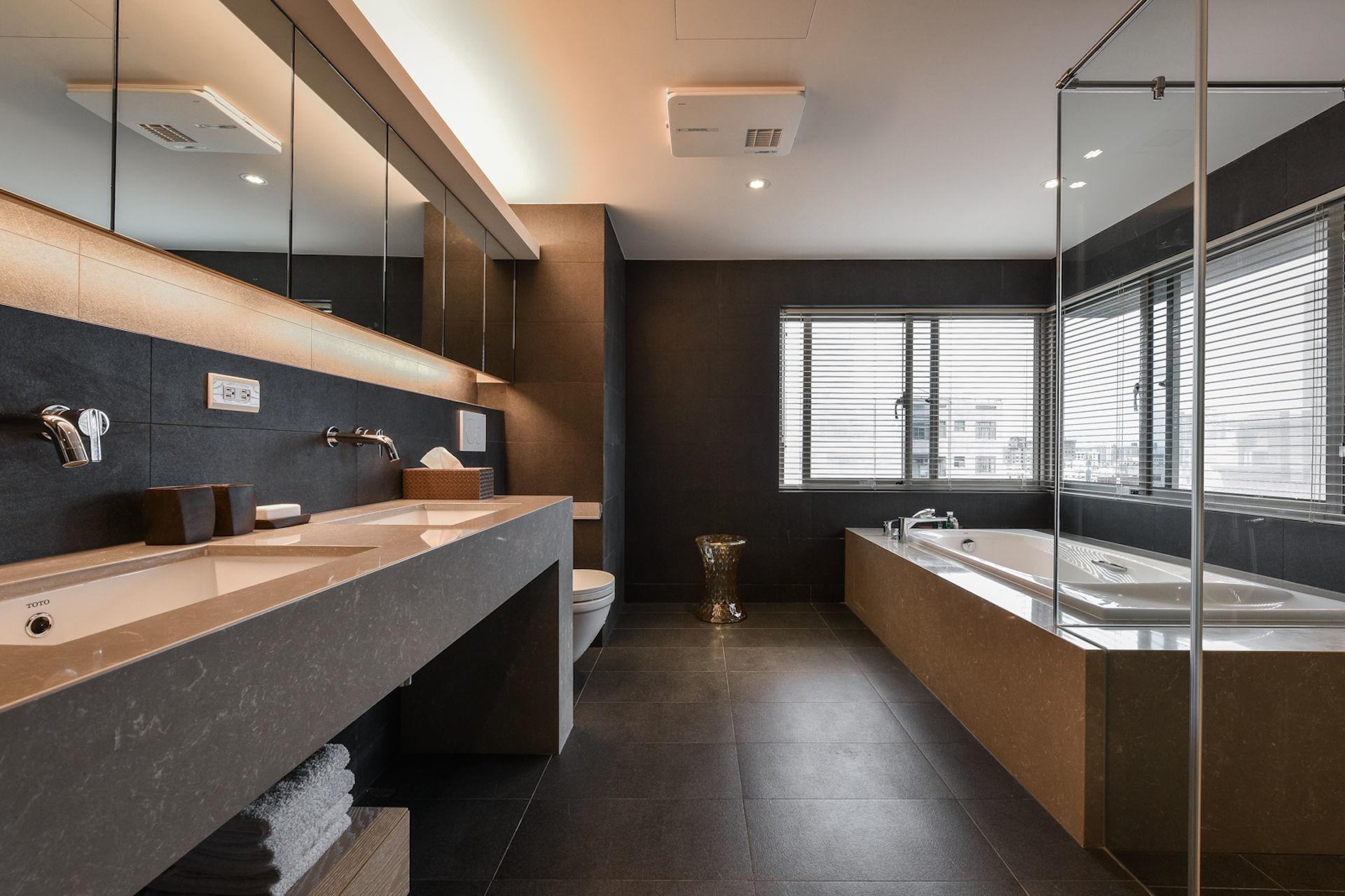 Bathroom,Modern